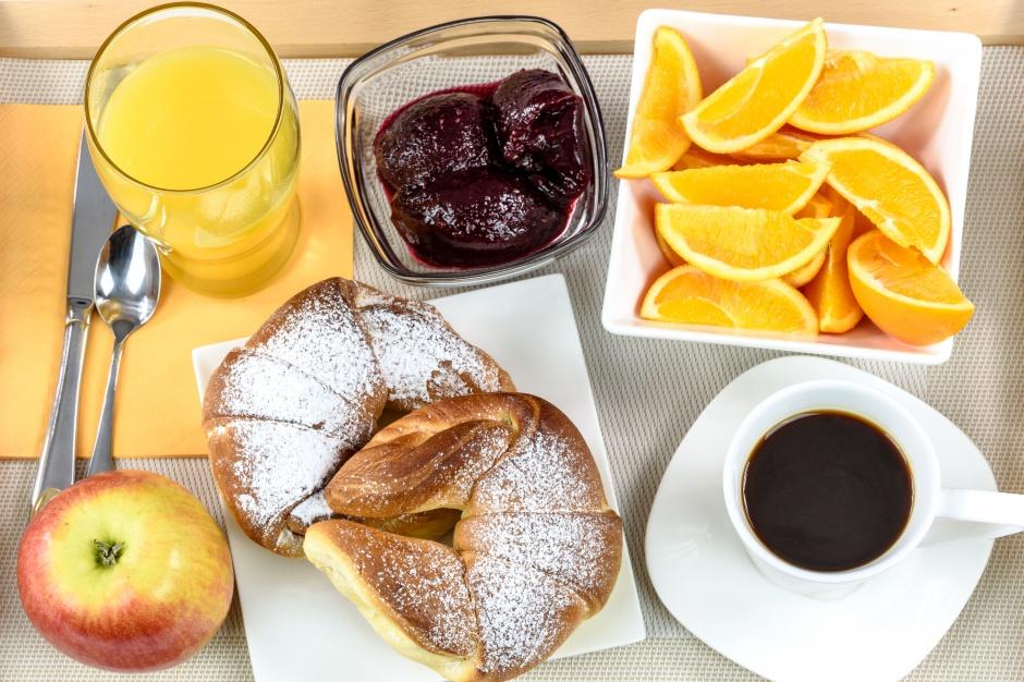 best breakfast on anna maria island