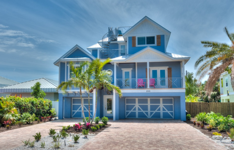anna maria island vacation rentals vs hotels. Black Bedroom Furniture Sets. Home Design Ideas
