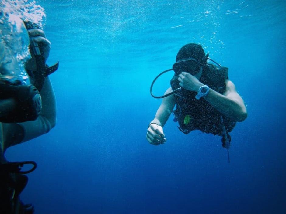 scuba diving ship wrecks ami